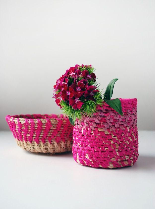 DIY Boho Decor Ideas - Coiled Raffia Basket - DIY Bedroom Ideas - Cheap Hippie Crafts and Bohemian Wall Art - Easy Upcycling Projects for Living Room, Bathroom, Kitchen #boho #diy #diydecor