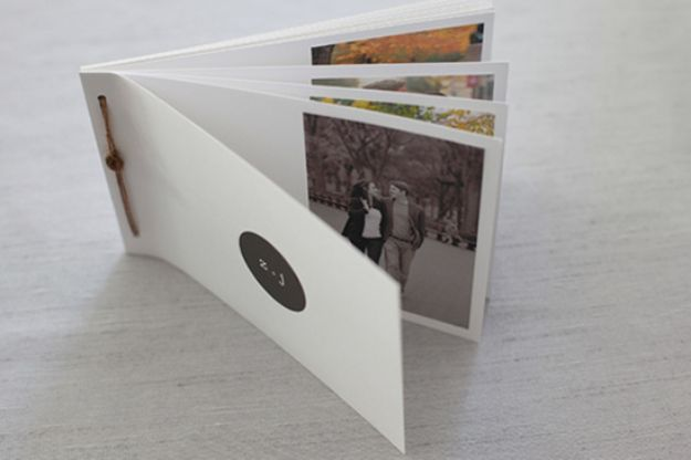 DIY Photo Albums - Couple Love Book - Easy DIY Christmas Gifts for Grandparents, Friends, Him or Her, Mom and Dad - Creative Ideas for Making Wall Art and Home Decor With Photos