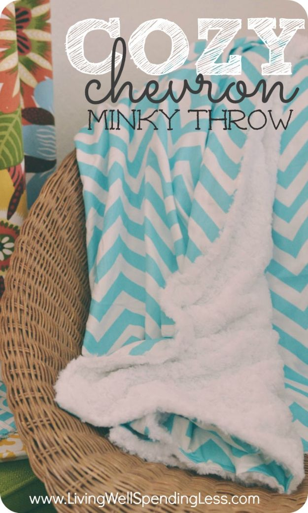 DIY Throw Blankets - Cozy Chevron Minky Throw - How to Make Easy Throws and Blanket - Fleece Fabrics, No Sew Tutorial, Crochet, Boho, Fur, Cotton, Flannel Ideas #diyideas #diydecor #diy