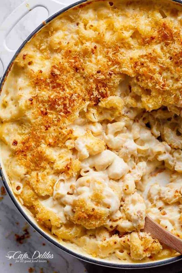 Best Recipes for the Cheese Lover - Creamy Garlic Parmesan Mac & Cheese - Easy Recipe Ideas With Cheese - Homemade Appetizers, Dips, Dinners, Snacks, Pasta Dishes, Healthy Lunches and Soups Made With Your Favorite Cheeses - Ricotta, Cheddar, Swiss, Parmesan, Goat Chevre, Mozzarella and Feta Ideas - Grilled, Healthy, Vegan and Vegetarian #cheeserecipes #recipes #recipeideas #cheese #cheeserecipe