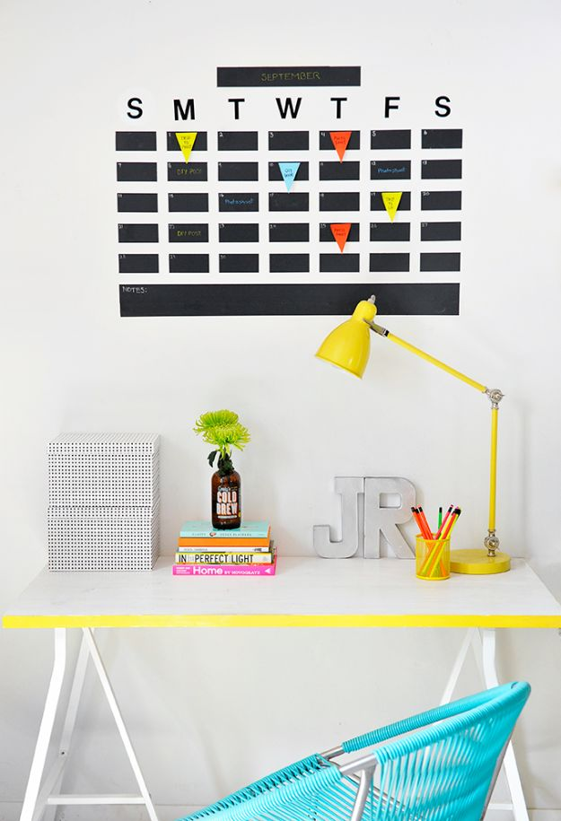DIY Calendars - DIY Chalkboard Tape Wall Calendar - Homemade Calender Ideas That Make Great Cheap Gifts for Christmas - Desk, Wall and Glass Dry Erase Organizing Calendar Projects With Step by Step Tutorials - Paint, Stamp, Magnetic, Family Planner and Organizer #diycalendar #diyideas #crafts #calendars #organizing #diygifts #calendars #diyideas