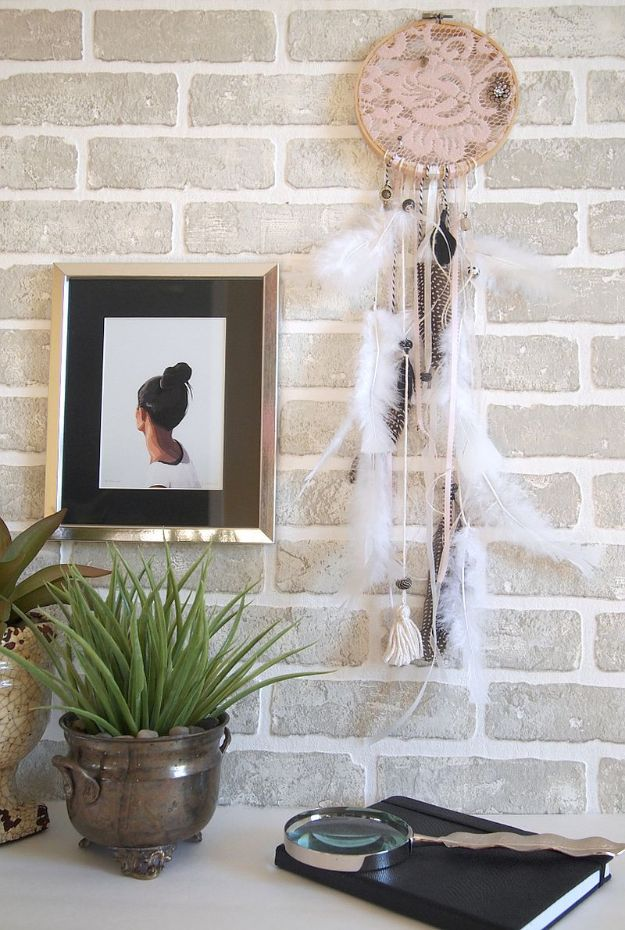 DIY Home Decor Projects for Beginners - DIY Dreamy Dreamcatcher Easy Homemade Decoration for Your House or Apartment - Creative Wall Art, Rugs, DIY Crafts Ideas for Kitchen - Quick and Cheap Ways to Decorate on A Budget