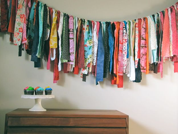 DIY Boho Decor Ideas - DIY Fabric Scrap Garland - DIY Bedroom Ideas - Cheap Hippie Crafts and Bohemian Wall Art - Easy Upcycling Projects for Living Room, Bathroom, Kitchen #boho #diy #diydecor