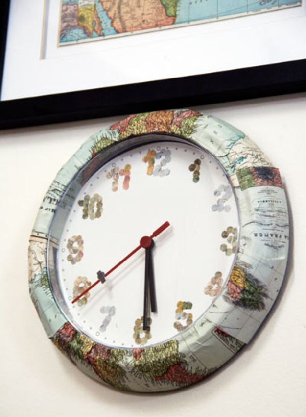 DIY Ideas With Maps - DIY Map Clock - Easy Crafts, Home Decor, Art and Gifts Your Can Make With A Map - Pinboard, Canvas, Painting, Paper Flowers, Signs Projects