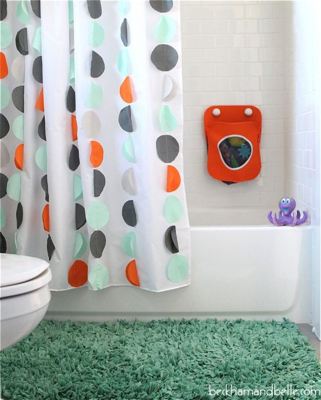 DIY Sewing Projects for the Home - DIY Shower Curtains - Easy DIY Christmas Gifts and Ideas for Making Kitchen, Bedroom and Bathroom Decor - Free Step by Step Tutorial to Sew