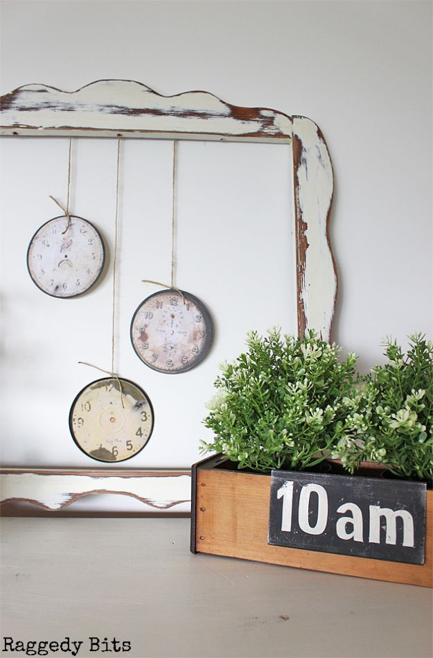DIY Ideas With Old CD - DIY Vintage Farmhouse Clock Faces - Recycle Jewelry, Room Decoration Mosaic, Coasters, Garden Art and DIY Home Decor Using Broken DVD - Photo Album, Wall Art and Mirror - Cute and Easy DIY Gifts for Birthday and Christmas Holidays