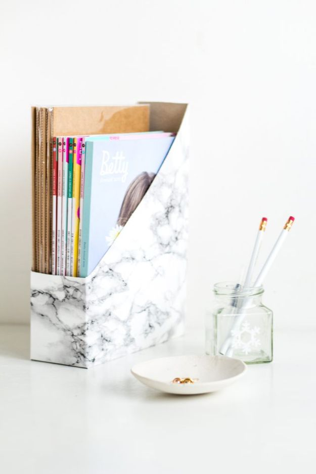Cool DIY Ideas With Cereal Boxes - Desk Magazine Holder - Easy Organizing Ideas, Cute Kids Crafts and Creative Ways to Make Things Out of A Cereal Box - Cheap Gifts, DIY School Supplies and Storage Ideas http://diyjoy.com/diy-ideas-cereal-boxes