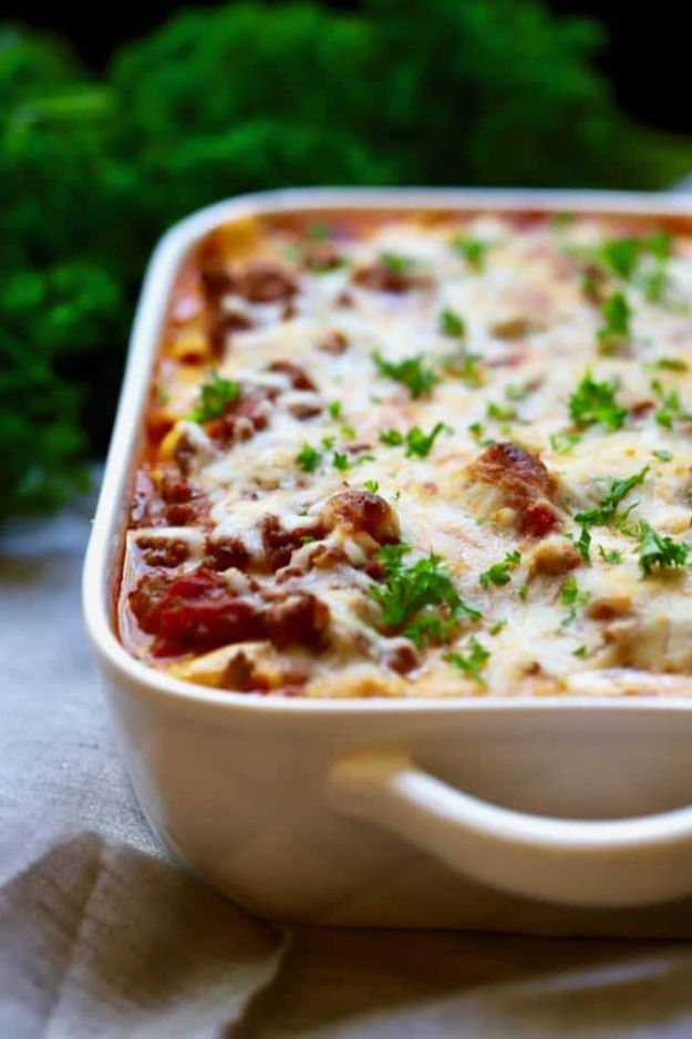 Best Recipes With Ground Beef - Easy Make Ahead Baked Ziti - Easy Dinners and Ground Beef Recipe Ideas - Quick Lunch Salads, Casseroles, Tacos, One Skillet Meals - Healthy Crockpot Foods With Hamburger Meat - Mexican Casserole, Instant Pot Carne Molida, Low Carb and Keto Diet - Rice, Pasta, Potatoes and Crescent Rolls #groundbeef #beefrecipes #beedrecipe #dinnerideas #dinnerrecipes http://diyjoy.com/best-recipes-ground-beef
