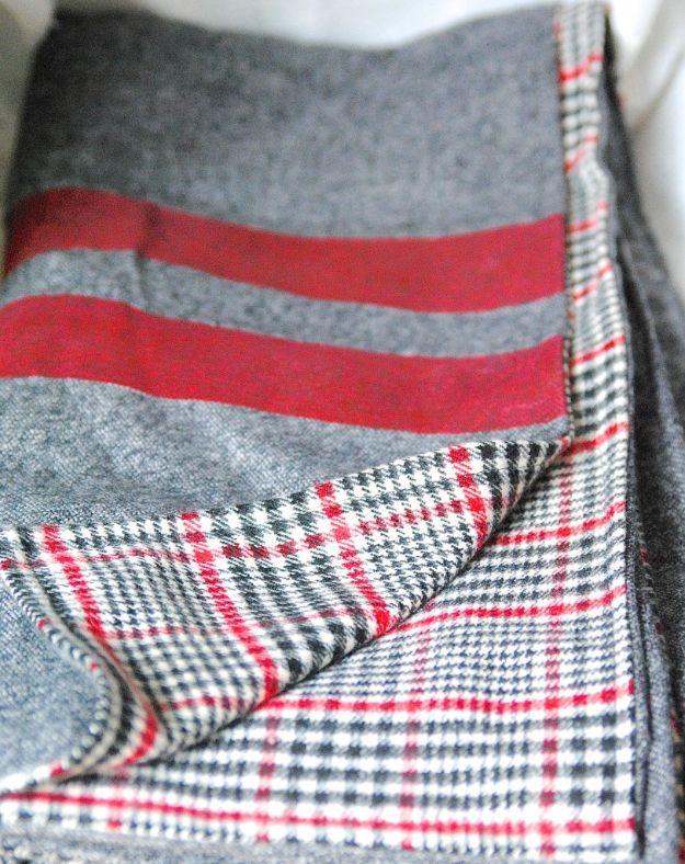 DIY Throw Blankets - Easy Throw Blanket - How to Make Easy Throws and Blanket - Fleece Fabrics, No Sew Tutorial, Crochet, Boho, Fur, Cotton, Flannel Ideas #diyideas #diydecor #diy