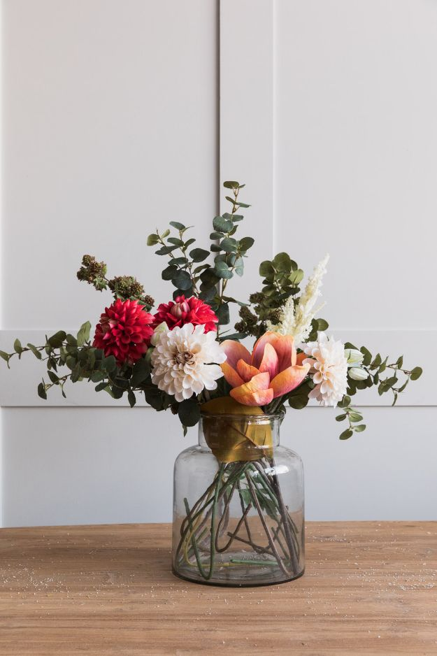 DIY Ideas With Faux Flowers - Faux Bouquet - Paper, Fabric, Silk and Plastic Flower Crafts - Easy Arrangements, Wedding Decorations, Wall, Decorations, Letters, Cheap Home Decor