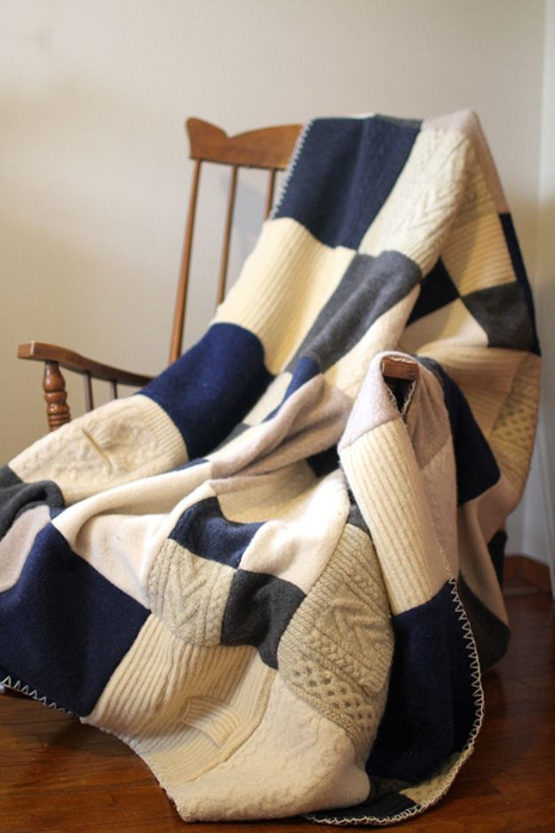DIY Throw Blankets - Felted Wool Sweater Blanket - How to Make Easy Throws and Blanket - Fleece Fabrics, No Sew Tutorial, Crochet, Boho, Fur, Cotton, Flannel Ideas #diyideas #diydecor #diy