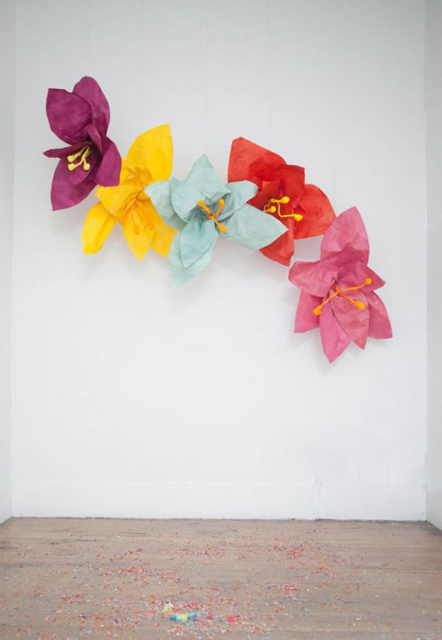 DIY Ideas With Faux Flowers - Giant Flower Photobooth - Paper, Fabric, Silk and Plastic Flower Crafts - Easy Arrangements, Wedding Decorations, Wall, Decorations, Letters, Cheap Home Decor