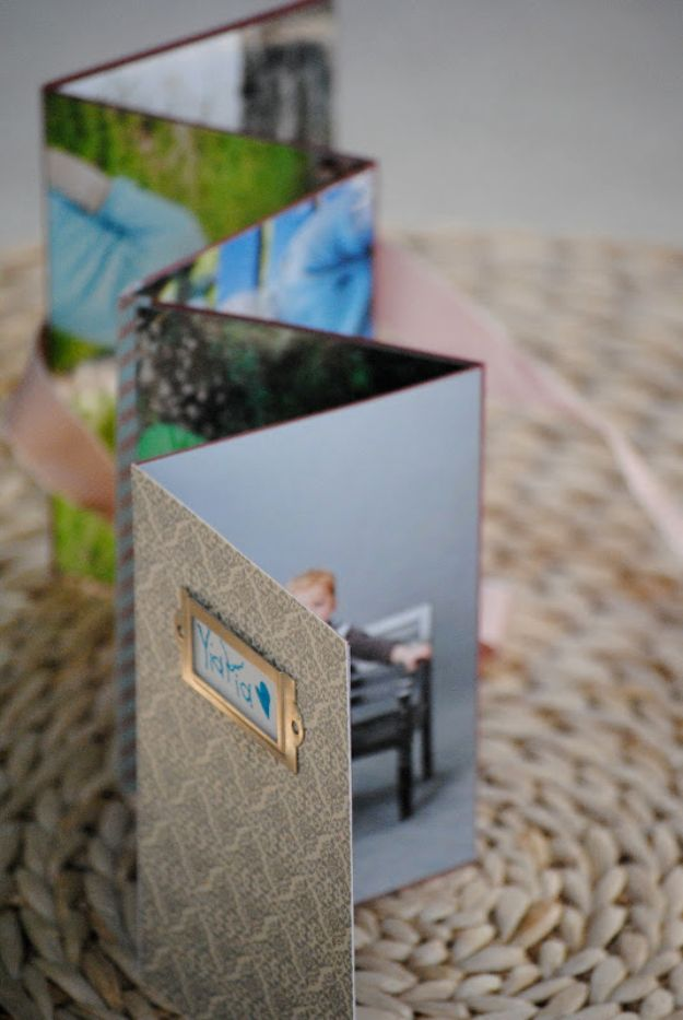 DIY Photo Albums - Homemade Photo Album - Easy DIY Christmas Gifts for Grandparents, Friends, Him or Her, Mom and Dad - Creative Ideas for Making Wall Art and Home Decor With Photos