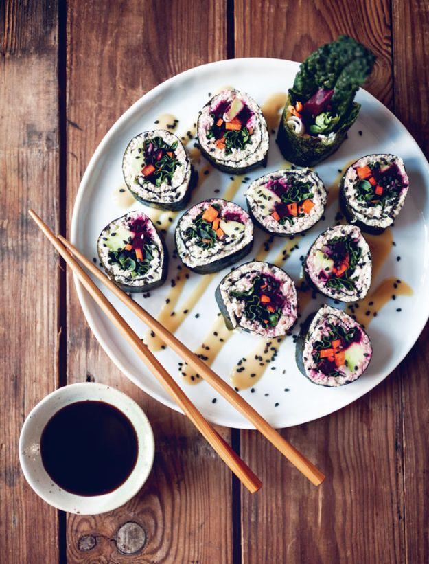 Best Kale Recipes - Kale Sushi Rolls - How to Cook Kale at Home - Healthy Green Vegetable Cooking for Salads, Soup, Lunches, Stir Fry and Dinner - Kale Chips. Salad, Shredded, Cooked, Fresh and Sauteed Kale - Vegan, Vegetarian, Keto, Low Carb and Lowfat Recipe Ideas #kale #kalerecipes #vegetablerecipes #veggies #recipeideas #dinnerideas http://diyjoy.com/best-kale-recipes