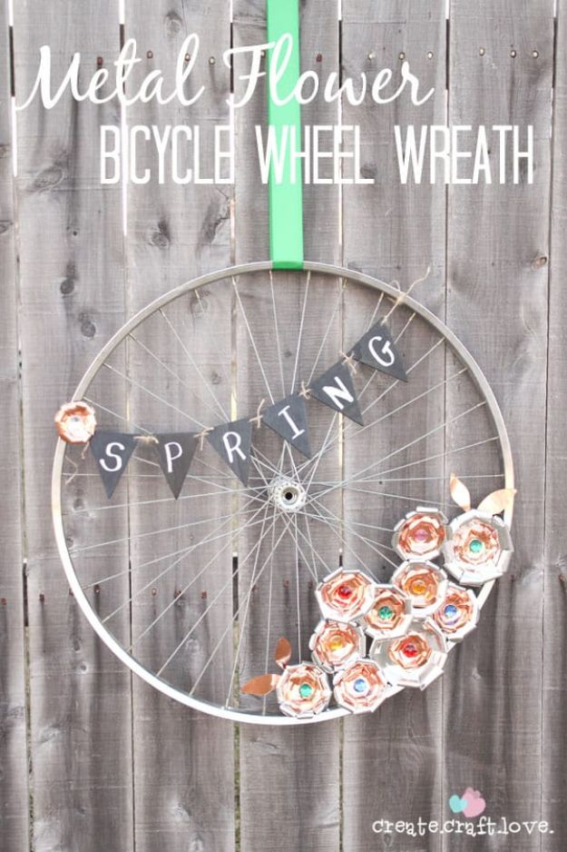 DIY Home Decor Projects for Beginners - Metal Flower Bicycle Wheel Wreath - Easy Homemade Decoration for Your House or Apartment - Creative Wall Art, Rugs, Furniture and Accessories for Kitchen - Quick and Cheap Ways to Decorate on A Budget - Farmhouse, Rustic, Modern, Boho and Minimalist Style With Step by Step Tutorials http://diyjoy.com/diy-home-decor-beginners