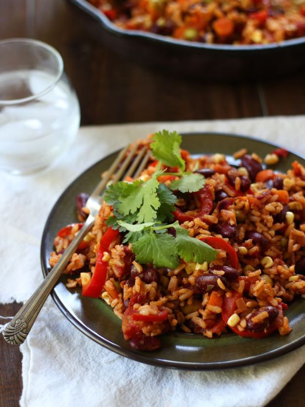 Best Mexican Food Recipes - Mexican Kidney Bean Fried Rice – Homemade Authentic Mexican Version - Mexican Beef Soup - Authentic Mexican Foods and Recipe Ideas for Casseroles, Quesadillas, Tacos, Appetizers, Tamales, Enchiladas, Crockpot, Chicken, Beef and Healthy Foods - Desserts and Dessert Ideas Like Churros , Flan amd Sopapillas #recipes #mexicanfood #mexicanrecipes #recipeideas #mexicandishes http://diyjoy.com/mexican-food-recipes