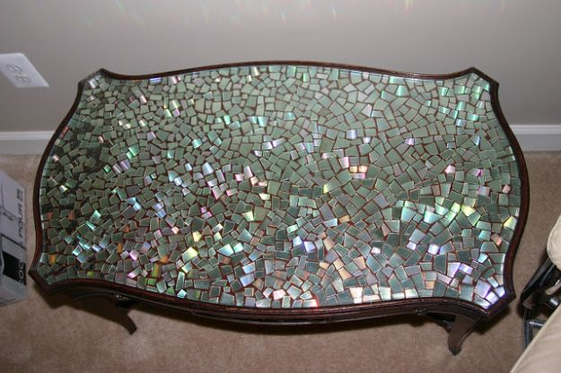 DIY Ideas With Old CD - Mosaic Table - Recycle Jewelry, Room Decoration Mosaic, Coasters, Garden Art and DIY Home Decor Using Broken DVD - Photo Album, Wall Art and Mirror - Cute and Easy DIY Gifts for Birthday and Christmas Holidays