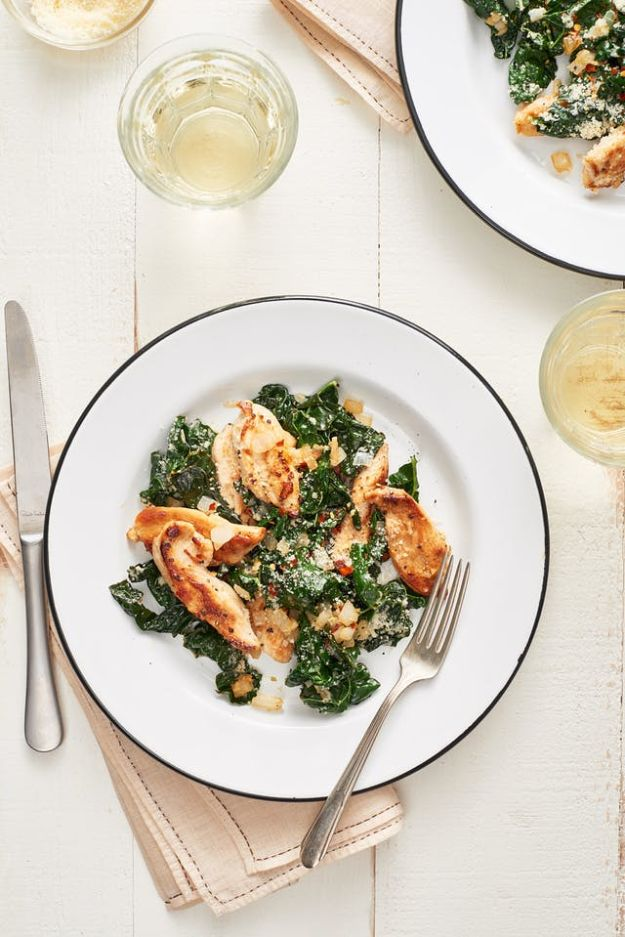 Best Kale Recipes - Parmesan Chicken and Kale Sauté - How to Cook Kale at Home - Healthy Green Vegetable Cooking for Salads, Soup, Lunches, Stir Fry and Dinner - Kale Chips. Salad, Shredded, Cooked, Fresh and Sauteed Kale - Vegan, Vegetarian, Keto, Low Carb and Lowfat Recipe Ideas #kale #kalerecipes #vegetablerecipes #veggies #recipeideas #dinnerideas http://diyjoy.com/best-kale-recipes