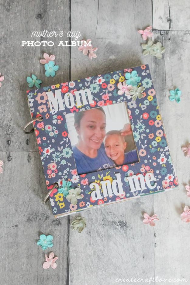 DIY Photo Albums - Photo Album For Mom - Easy DIY Christmas Gifts for Grandparents, Friends, Him or Her, Mom and Dad - Creative Ideas for Making Wall Art and Home Decor With Photos