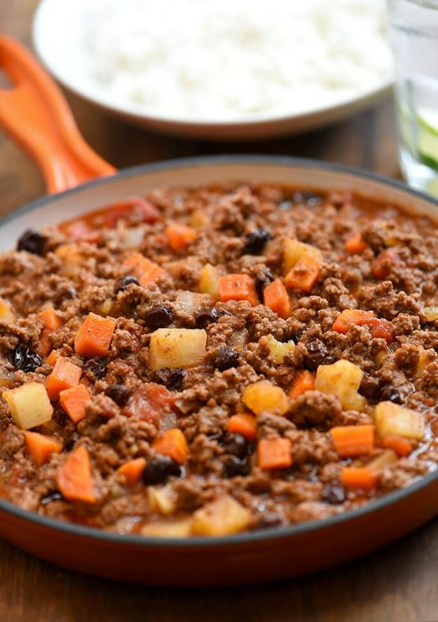 Best Recipes With Ground Beef - Picadillo with Potatoes - Easy Dinners and Ground Beef Recipe Ideas - Quick Lunch Salads, Casseroles, Tacos, One Skillet Meals - Healthy Crockpot Foods With Hamburger Meat - Mexican Casserole, Instant Pot Carne Molida, Low Carb and Keto Diet - Rice, Pasta, Potatoes and Crescent Rolls #groundbeef #beefrecipes #beedrecipe #dinnerideas #dinnerrecipes http://diyjoy.com/best-recipes-ground-beef