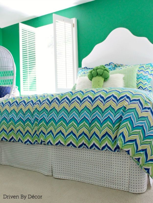DIY Sewing Projects for the Home - Pleated Bed Skirt - Easy DIY Christmas Gifts and Ideas for Making Kitchen, Bedroom and Bathroom Decor - Free Step by Step Tutorial to Sew