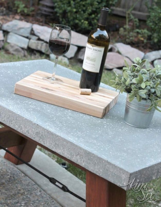 DIY Projects With Concrete - Pottery Barn Inspired Concrete Top Coffee Table - Easy Home Decor and Cheap Crafts Made With Cement - Ideas for DIY Christmas Gifts, Outdoor Decorations