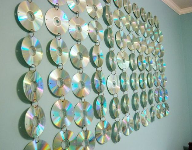 DIY Ideas With Old CD - Room CD Hanging - Recycle Jewelry, Room Decoration Mosaic, Coasters, Garden Art and DIY Home Decor Using Broken DVD - Photo Album, Wall Art and Mirror - Cute and Easy DIY Gifts for Birthday and Christmas Holidays