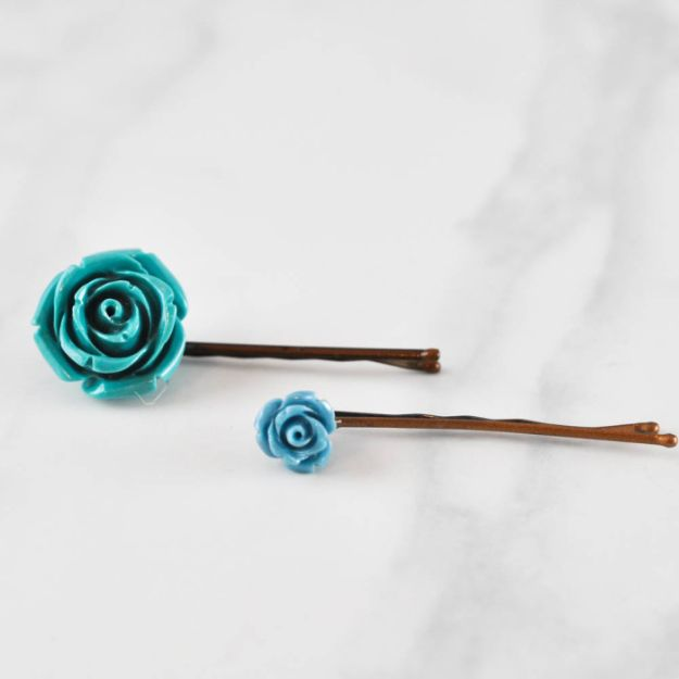 DIY Ideas With Faux Flowers - Rosette Bobby Pins - Paper, Fabric, Silk and Plastic Flower Crafts - Easy Arrangements, Wedding Decorations, Wall, Decorations, Letters, Cheap Home Decor
