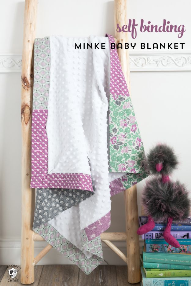 DIY Throw Blankets - Self Binding Minke Baby Blanket - How to Make Easy Throws and Blanket - Fleece Fabrics, No Sew Tutorial, Crochet, Boho, Fur, Cotton, Flannel Ideas #diyideas #diydecor #diy