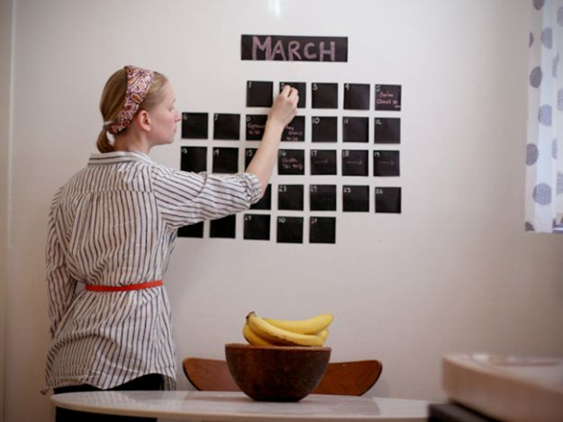 DIY Calendars - Simple Wall Calendar - Homemade Calender Ideas That Make Great Cheap Gifts for Christmas - Desk, Wall and Glass Dry Erase Organizing Calendar Projects With Step by Step Tutorials - Paint, Stamp, Magnetic, Family Planner and Organizer #diycalendar #diyideas #crafts #calendars #organizing #diygifts #calendars #diyideas