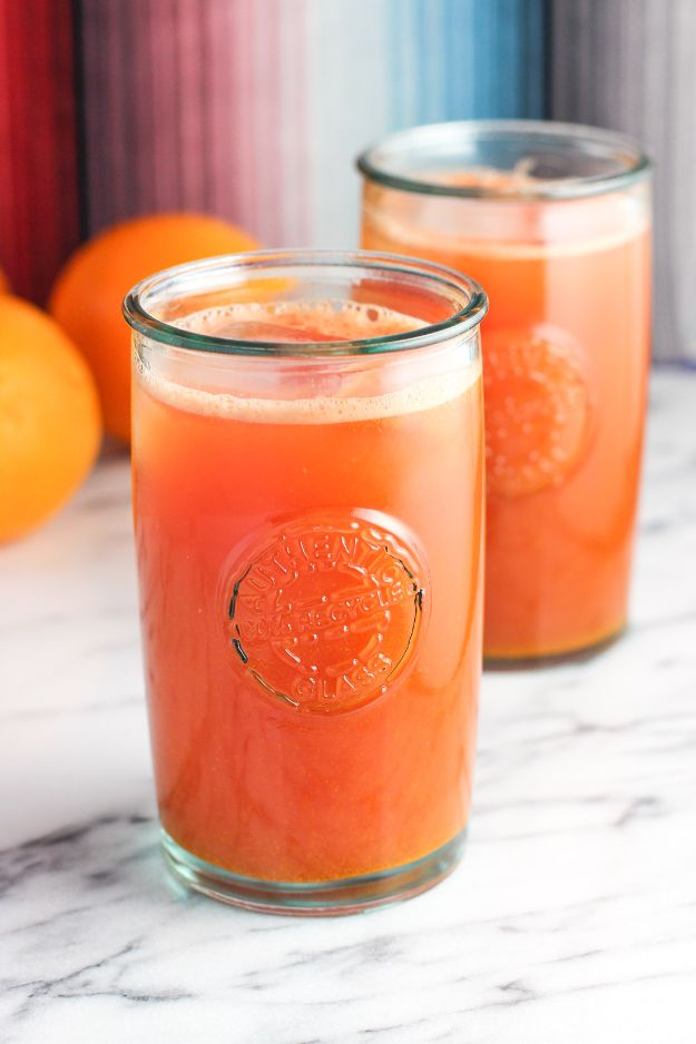DIY Juice Recipes for Health, Detox and Energy - Watermelon Orange Ginger Turmeric Juice - Juicing for Beginners With Fruit and Vegetables - Recipe Ideas and Mixes for Juices That Promote Weightloss, Help With Inflammation, For Cancer, For Skin, Cleanse and for Fat Burning - Try These for Kids, for Breakfast, Lunch and Post Workout