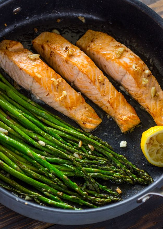 Easy Fish Dinner Recipes -10-Minute Lemon Garlic Salmon & Asparagus- Quick and Simple Dinner Recipe Ideas for Weeknight and Last Minute Supper - Chicken, Ground Beef, Fish, Pasta, Healthy Salads, Low Fat and Vegetarian Dishes #easyrecipes #dinnerideas #recipes
