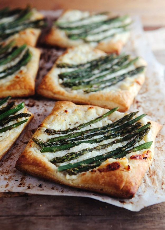 Asparagus Recipes - Asparagus Ricotta Tarts with Honey Lemon Sauce - DIY Asparagus Recipe Ideas for Homemade Soups, Sides and Salads - Easy Tutorials for Roasted, Sauteed, Steamed, Baked, Grilled and Pureed Asparagus - Party Foods, Quick Dinners, Dishes With Cheese, Vegetarian and Vegan Options - Healthy Recipes With Step by Step Instructions http://diyjoy.com/asparagus-recipes