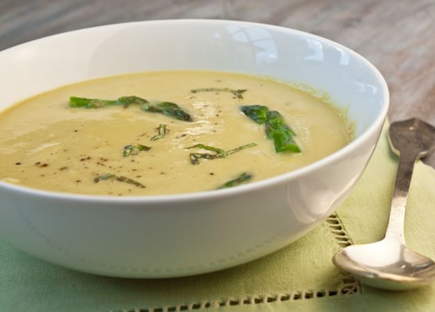 Asparagus Recipes - Asparagus Soup With Lemon and Parmesan - DIY Asparagus Recipe Ideas for Homemade Soups, Sides and Salads - Easy Tutorials for Roasted, Sauteed, Steamed, Baked, Grilled and Pureed Asparagus - Party Foods, Quick Dinners, Dishes With Cheese, Vegetarian and Vegan Options - Healthy Recipes With Step by Step Instructions http://diyjoy.com/asparagus-recipes