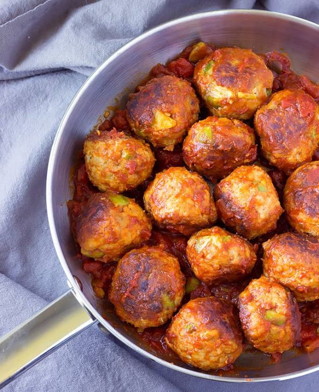 Avocado Recipes - Avocado Chicken Meatballs in Spicy Tomato Sauce - Quick Avocado Toast, Eggs, Keto Guacamole, Dips, Salads, Healthy Lunches, Breakfast, Dessert and Dinners - Party Foods, Soups, Low Carb Salad Dressings and Smoothie http://diyjoy.com/avocado-recipes