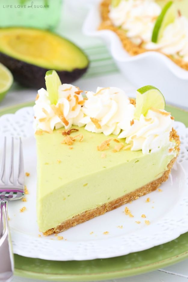 Avocado Recipes - Avocado Key Lime Pie - Quick Avocado Toast, Eggs, Keto Guacamole, Dips, Salads, Healthy Lunches, Breakfast, Dessert and Dinners - Party Foods, Soups, Low Carb Salad Dressings and Smoothie http://diyjoy.com/avocado-recipes