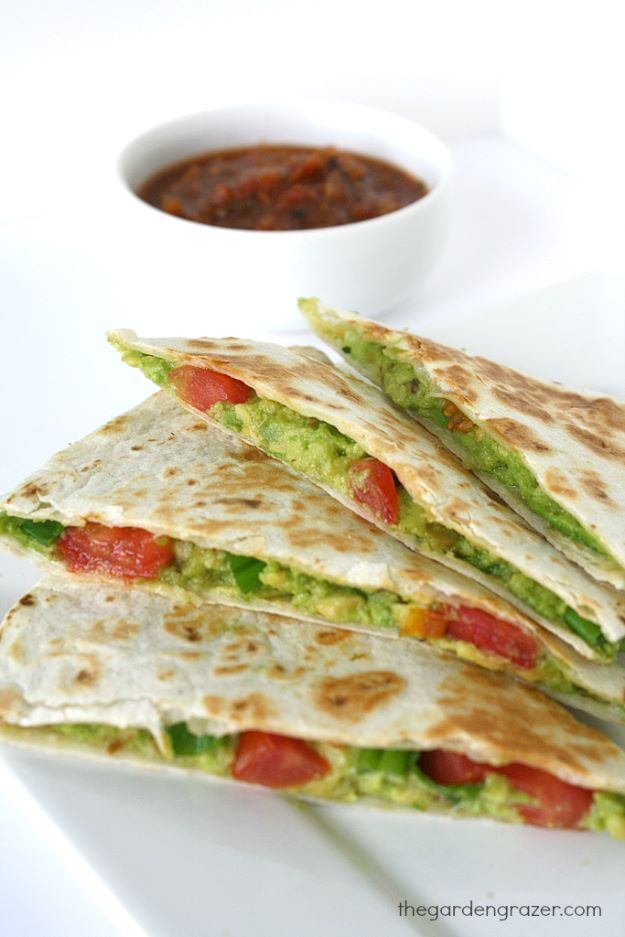 Avocado Recipes - Avocado Quesadillas - Quick Avocado Toast, Eggs, Keto Guacamole, Dips, Salads, Healthy Lunches, Breakfast, Dessert and Dinners - Party Foods, Soups, Low Carb Salad Dressings and Smoothie http://diyjoy.com/avocado-recipes