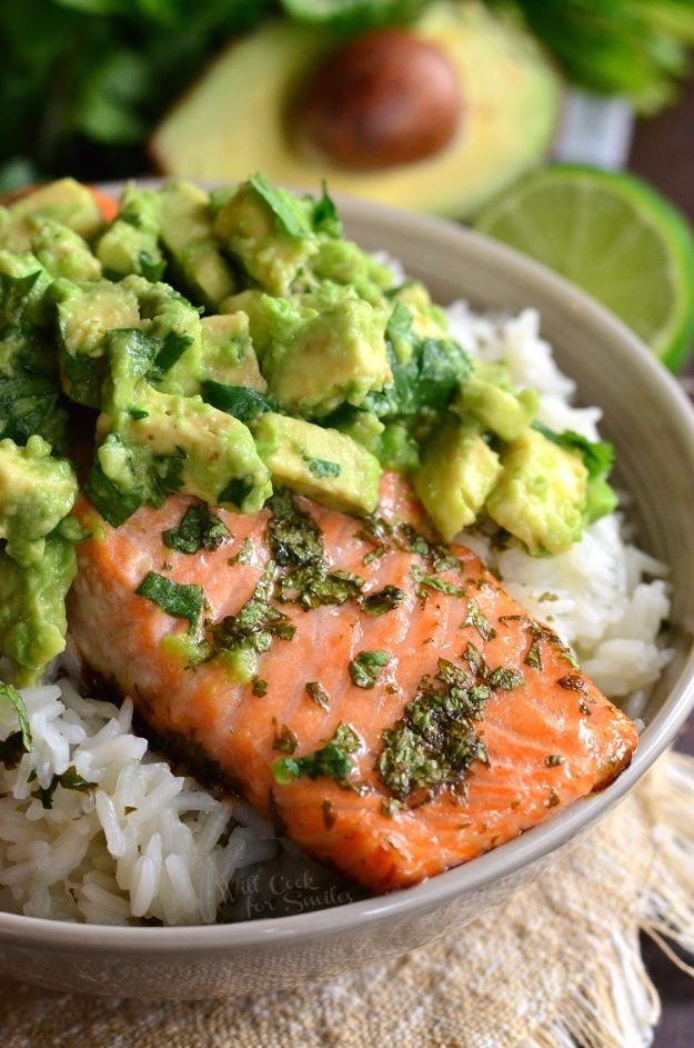 Avocado Recipes - Avocado Salmon Rice Bowl - Quick Avocado Toast, Eggs, Keto Guacamole, Dips, Salads, Healthy Lunches, Breakfast, Dessert and Dinners - Party Foods, Soups, Low Carb Salad Dressings and Smoothie http://diyjoy.com/avocado-recipes