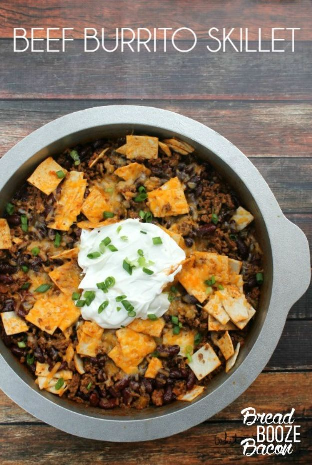 Easy Dinner Recipes - Beef Burrito Skillet - Quick and Simple Dinner Recipe Ideas for Weeknight and Last Minute Supper - Chicken, Ground Beef, Fish, Pasta, Healthy Salads, Low Fat and Vegetarian Dishes - Easy Meals for the Family, for Two, for One and Cook Ahead Crockpoit Dinners - Cheap Casseroles and Budget Friendly Foods to Make at Home http://diyjoy.com/easy-dinner-recipes
