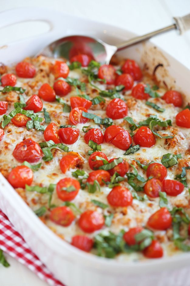 Best Casserole Recipes - Cheesy Caprese Chicken and Quinoa Casserole - Healthy One Pan Meals Made With Chicken, Hamburger, Potato, Pasta Noodles and Vegetable - Quick Casseroles Kids Like - Breakfast, Lunch and Dinner Options - Mexican, Italian and Homestyle Favorites - Party Foods for A Crowd and Potluck Dishes http://diyjoy.com/best-casserole-recipes