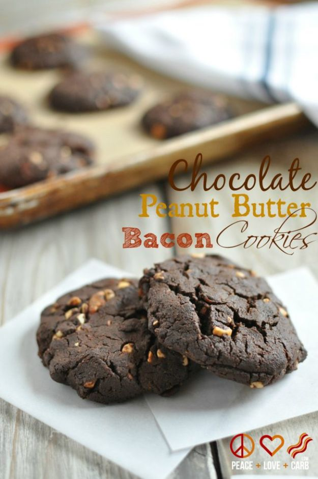Keto Dessert Recipes - Chocolate Peanut Butter Bacon Cookies - Easy Ketogenic Diet Dessert Recipes and Recipe Ideas - Shakes, Cakes In A Mug, Low Carb Brownies, Gluten Free Cookies #keto #ketorecipes #desserts