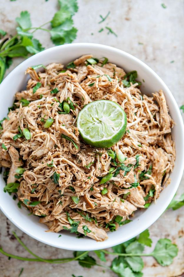 Easy Healthy Chicken Recipes - Crock Pot Mexican Chicken - Lunch and Dinner Ideas, Party Foods and Casseroles, Idea for the Grill and Salads- Chicken Breast, Baked, Roastedf and Grilled Chicken #recipes #healthy #chicken