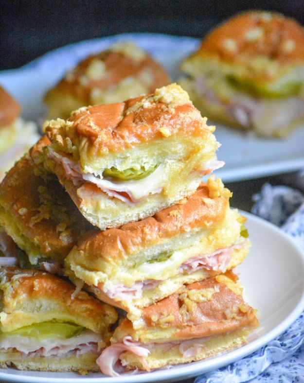 Easy Dinner Recipes - Cuban Style Sliders - Quick and Simple Dinner Recipe Ideas for Weeknight and Last Minute Supper - Chicken, Ground Beef, Fish, Pasta, Healthy Salads, Low Fat and Vegetarian Dishes - Easy Meals for the Family, for Two, for One and Cook Ahead Crockpoit Dinners - Cheap Casseroles and Budget Friendly Foods to Make at Home http://diyjoy.com/easy-dinner-recipes