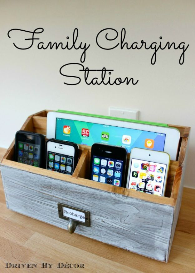 Organizing Ideas for Your Life - DIY Family Charging Station - Easy Crafts and Cool Ideas for Getting Organized - Best Ways to Get Organized - Things to Make for Being More Efficient and Productive - DIY Storage, Shelving, Calendars, Planning #organizing