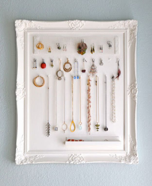 Cheap DIY Gift Ideas - DIY Jewelry Storage - List of Handmade Gifts on A Budget and Inexpensive Christmas Presents - Do It Yourself Gift Idea for Family and Friends, Mom and Dad, For Guys and Women, Boyfriend, Girlfriend, BFF, Kids and Teens - Dollar Store and Dollar Tree Crafts, Home Decor, Room Accessories and Fun Things to Make At Home #diygifts #christmas #giftideas #diy