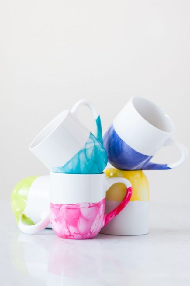 Dollar Tree Crafts - DIY Marble Dipped Mugs - DIY Ideas and Crafts Projects From Dollar Tree Stores - Easy Organizing Project Tutorials and Home Decorations- Cheap Crafts to Make and Sell #dollarstore #dollartree #dollarstorecrafts #cheapcrafts #crafts #diy #diyideas