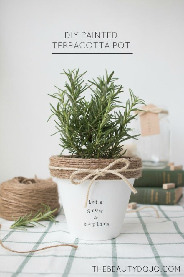 Cheap DIY Gift Ideas - DIY Painted Terracotta Pot - List of Handmade Gifts on A Budget and Inexpensive Christmas Presents - Do It Yourself Gift Idea for Family and Friends, Mom and Dad, For Guys and Women, Boyfriend, Girlfriend, BFF, Kids and Teens - Dollar Store and Dollar Tree Crafts, Home Decor, Room Accessories and Fun Things to Make At Home http://diyjoy.com/cheap-diy-gift-ideas