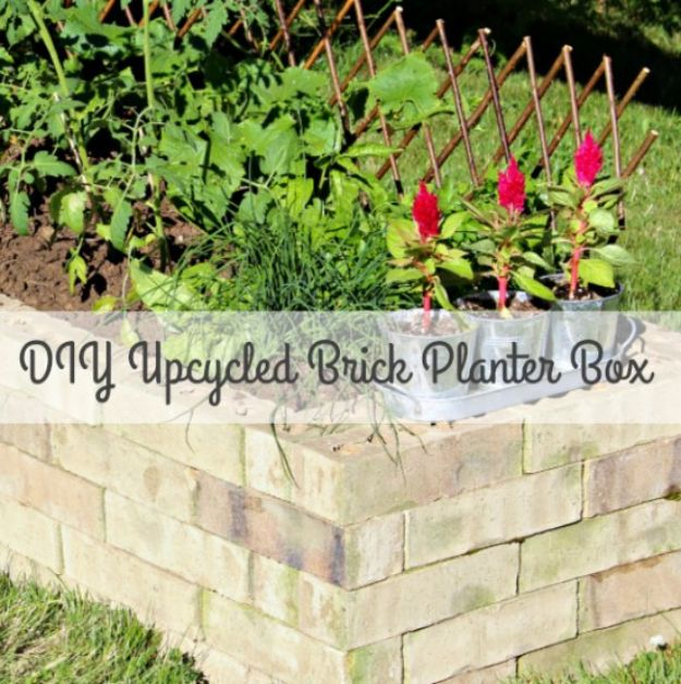 DIY Upcycled BDIY Ideas With Bricks - DIY Upcycled Brick Planter Box - Home Decor and Creative Do It Yourself Projects to Make With Bricks - Ideas for Patio, Walkway, Fireplace, Firepit, Mantle, Grill and Art - Inexpensive Decoration Tutorials With Step By Step Instruction for Brick DIY #diy #homeimprovementrick Planter Box