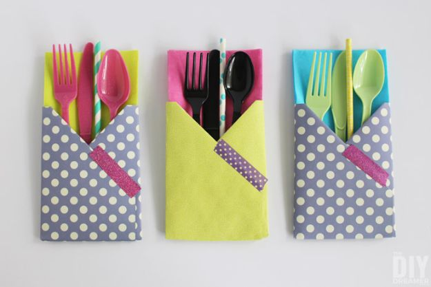 Paper Crafts DIY - DIY Utensil Holders - Papercraft Tutorials and Easy Projects for Make for Decoration and Gift IDeas - Origami, Paper Flowers, Heart Decoration, Scrapbook Notions, Wall Art, Christmas Cards, Step by Step Tutorials for Crafts Made From Papers #crafts