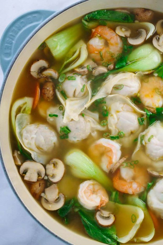 Soup Recipes - Easy Homemade Wonton Soup - Healthy Soups and Recipe Ideas - Easy Slow Cooker Dishes, Soup Recipe for Chicken, Sausage, With Ground Beef, Potato, Vegetarian, Mexican and Asian Varieties - Creamy Soups for Winter and Fall - Low Carb and Keto Meals - Quick Bean Soup and Copycat Recipes #soup #recipes